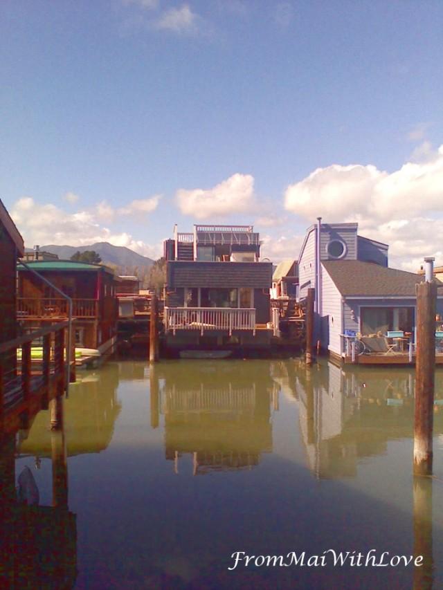 Floating Houses Sausalito.jpg